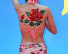 人体彩绘–关注女性健康